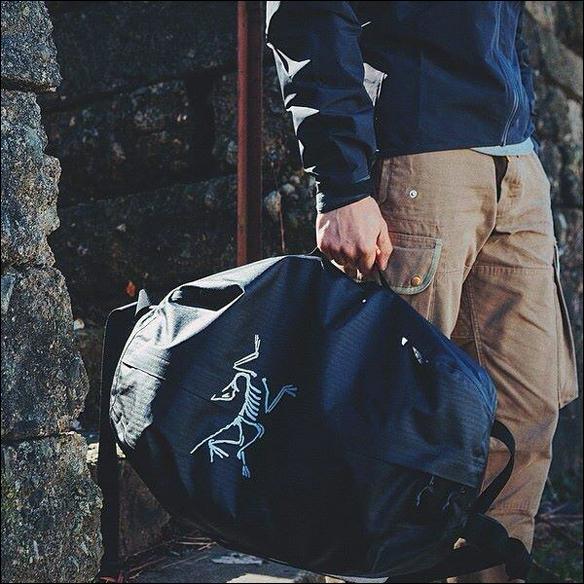 Arc'teryx Carrier Duffle | GregoryWest